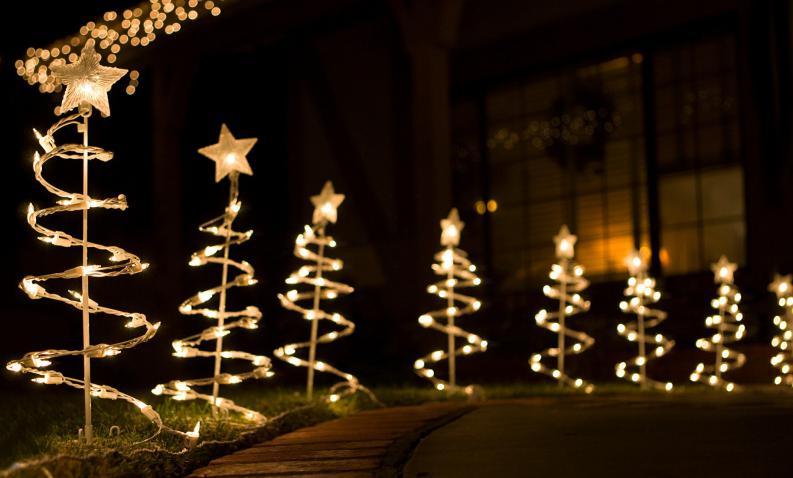 ideas-para-decorar-tu-jardin-en-navidad-2