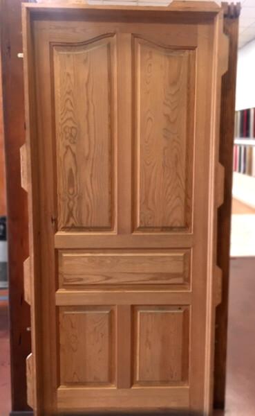 Hoja de entrada madera maciza de pino tea modelo x10 for Puertas de madera baratas