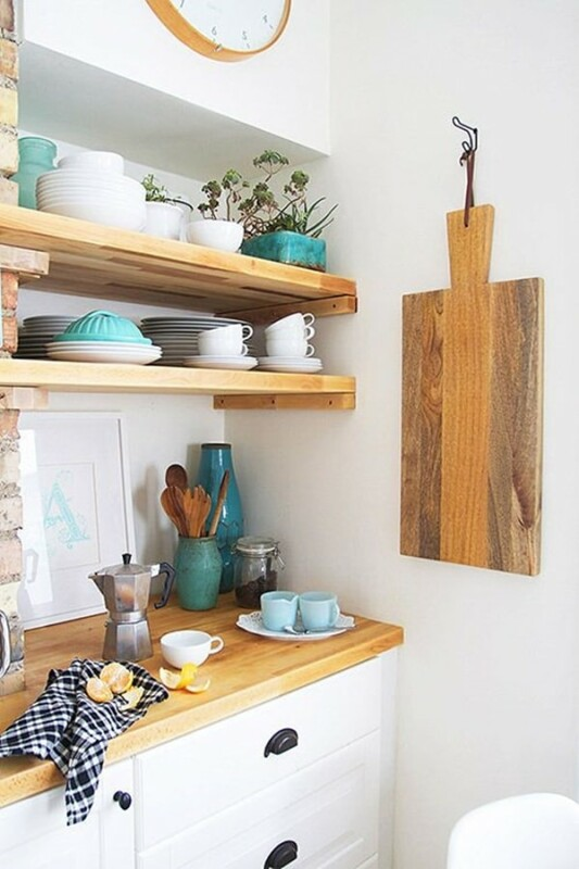 cocinas con baldas de madera